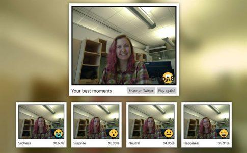 برنامج Emoji8 الرائع